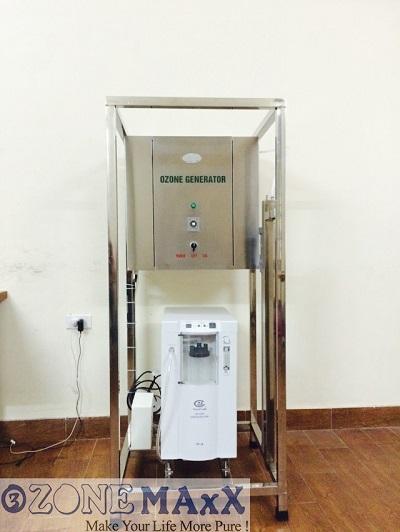 Một hình ảnh máy ozone công nghiệp hiện đại của Ozonemaxx